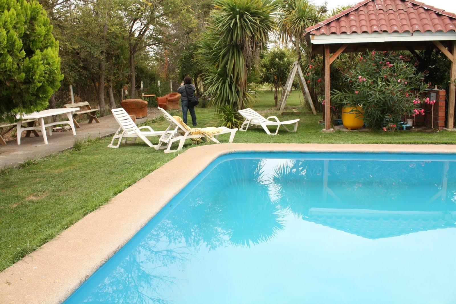 Caba as turismo tierra hermosa quillon caba as piscina restaurant criollo campo - Piscinas en el campo ...