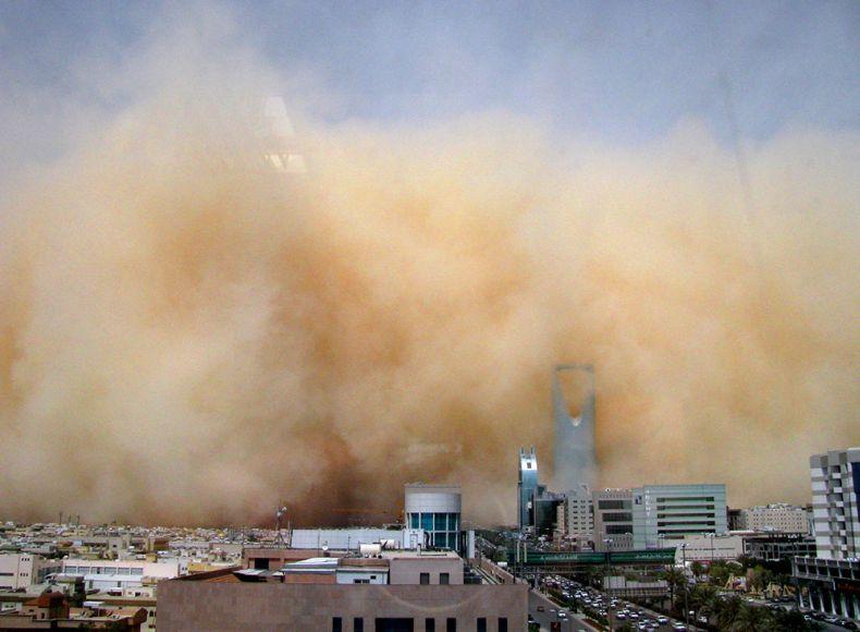 cabo verde  tempestade de poeira oriunda do saara cobre