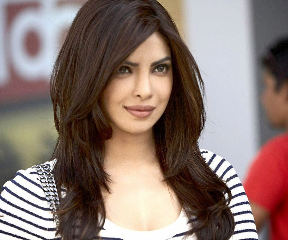 Priyanka Chopra hot unseen hd wallpapers