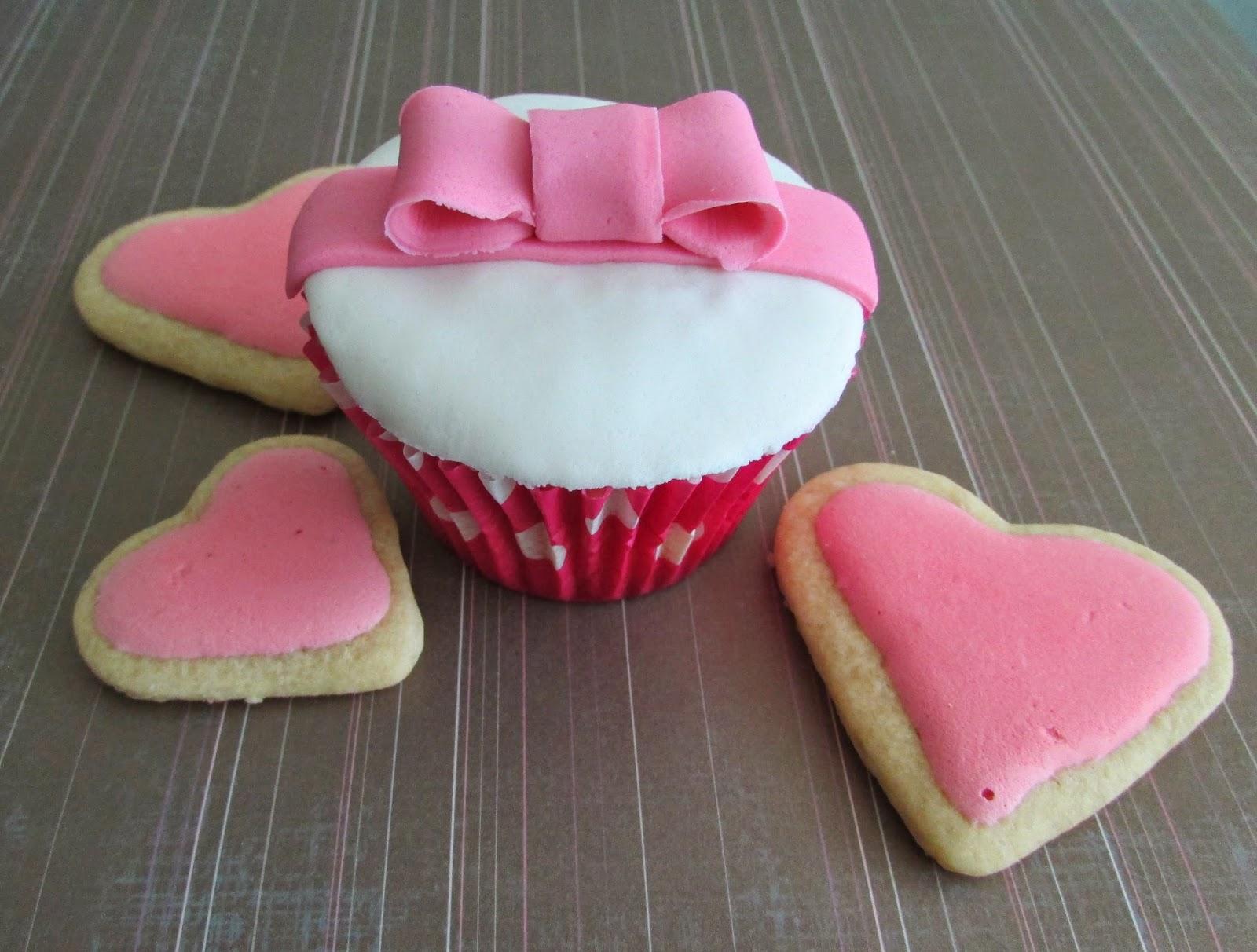 cupcakes-fresa-fondant