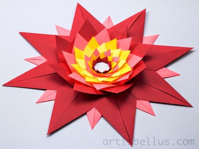 Origami Decorations: Stella Veneziana (Venetian Star)