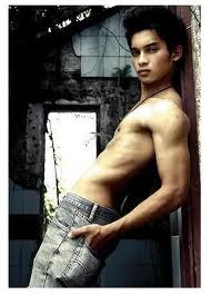 Gambar Aeril Zafrel Seksi Hot Body