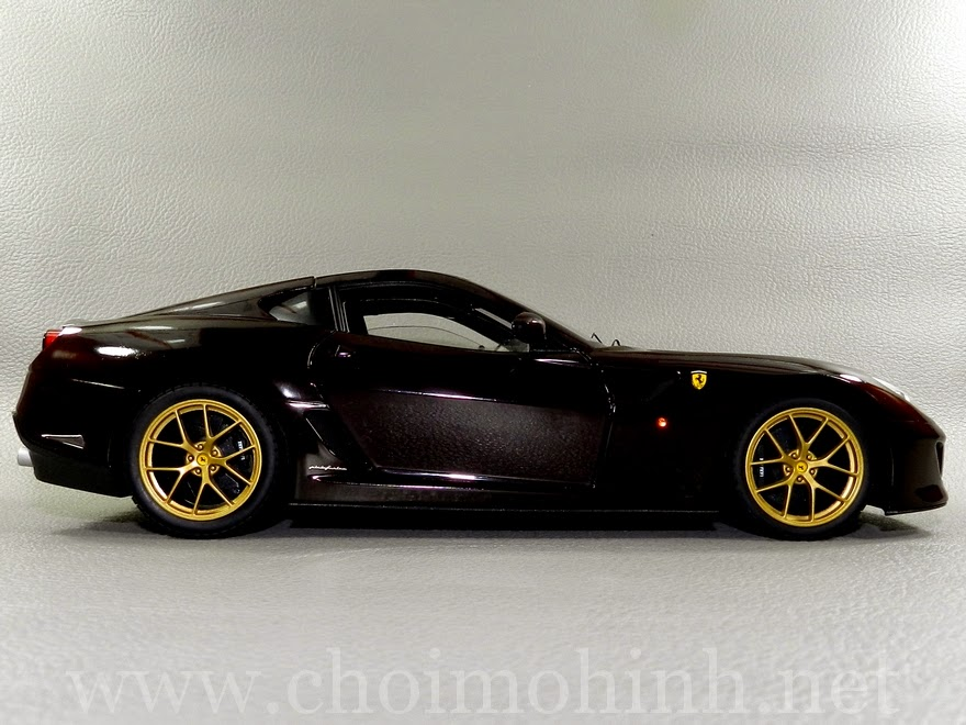 Ferrari 599 GTO Michael Mann 1:18 Hot Wheels side