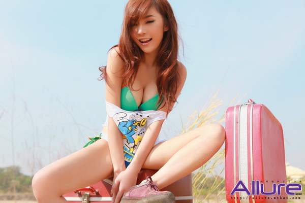 Kwan, Thailand Cute Young Model From Allure Mag Photos