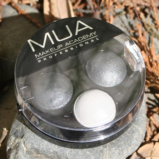 MUA Smokescreen Trio Eyeshadow
