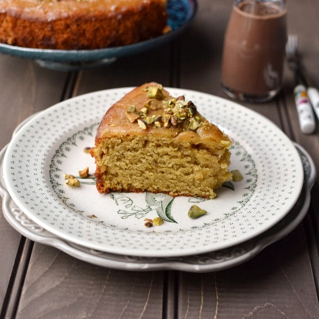 Pistachio Cake (eggless recipe)