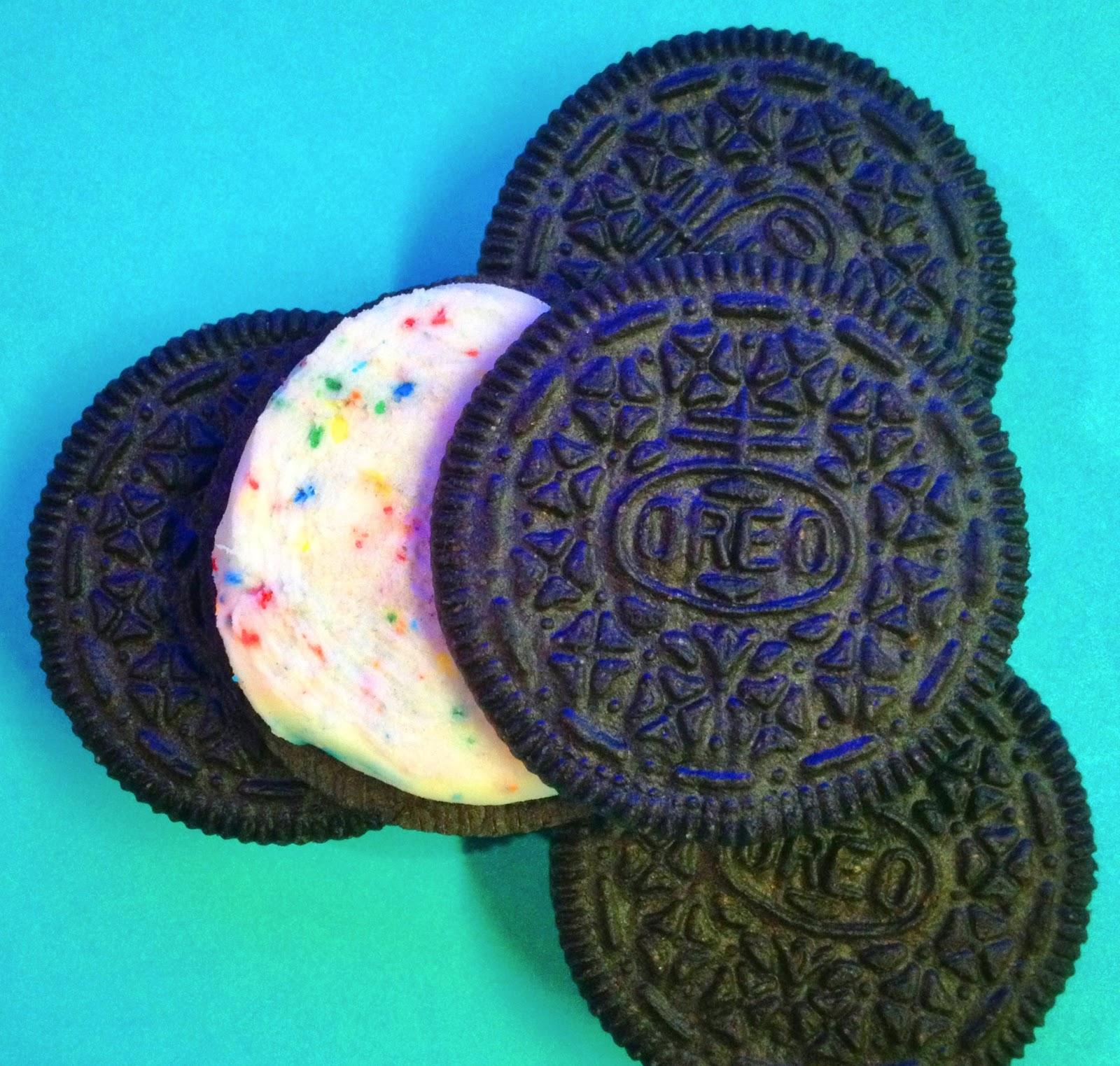 Nabisco Birthday Cake Flavor Creme Oreo Snaxtime