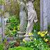 A Spring Garden Tour