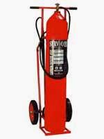 jual alat pemadam kebakaran api Besar dengan trolley merek Servvo ,tabung pemadam dengan berbagai macam-macam ukuran mulai dari 12 kg, 20 kg ,25 kg ,30 kg ,40 kg, 50 kg , 60 kg , 70 kg, 80 kg dengan isi CO2 harga murah portable