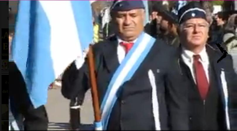 Escolta de Bandera en Desfile.