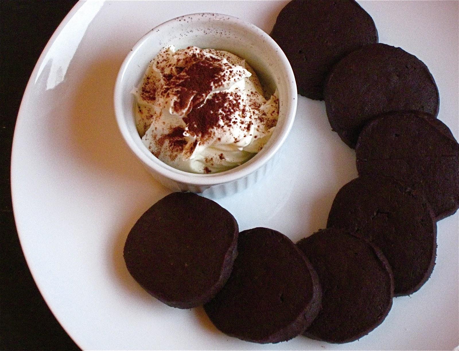 KITCHEN FIDDLER : Salt-and-Pepper Cocoa Shortbread Cookies