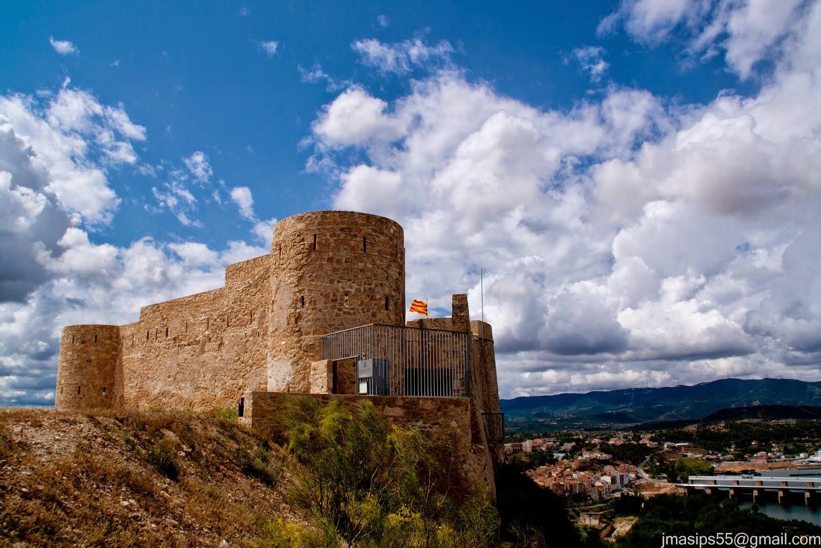 El Castell Nou, carlistes i isabelins.