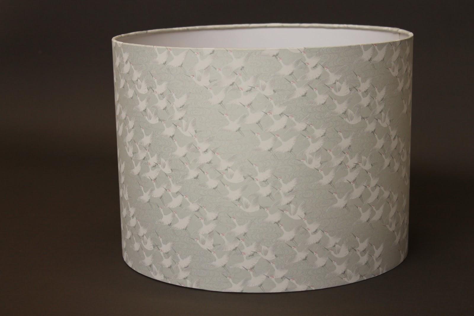abat jour papier japonais abat jour papier japonais sarigami abat jour rouge branches de. Black Bedroom Furniture Sets. Home Design Ideas