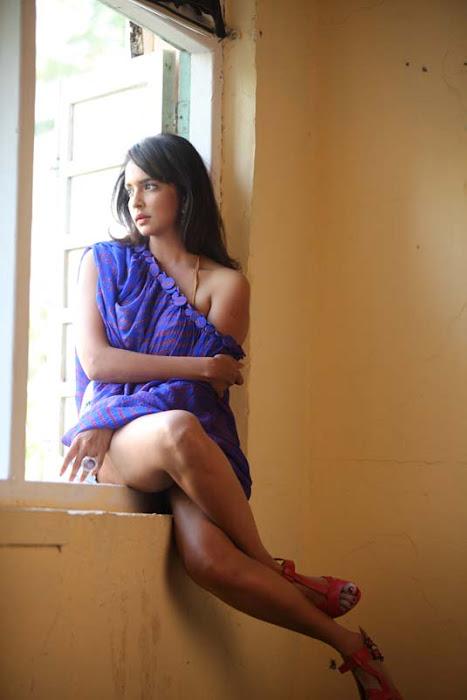 lakshmi prasanna unseen pics