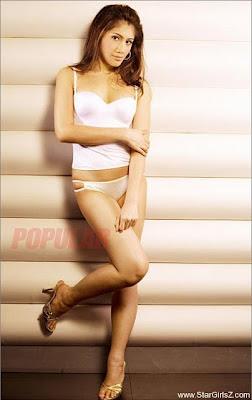 Koleksi Foto Gadis Cantik Di Majalah Popular Hot