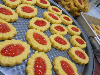 Biskut Strawbery Jam Simple