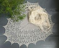 TE KOOP: ecru alpaca silk voor bruid of liefhebster.
