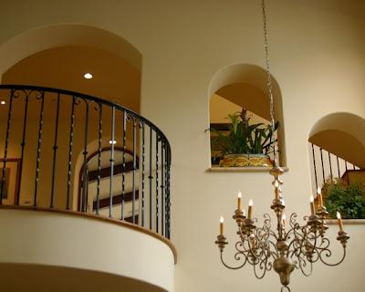 Desain Rumah Gaya Spanyol 7