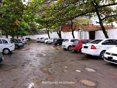 Picui Restaurante: Estacionamento