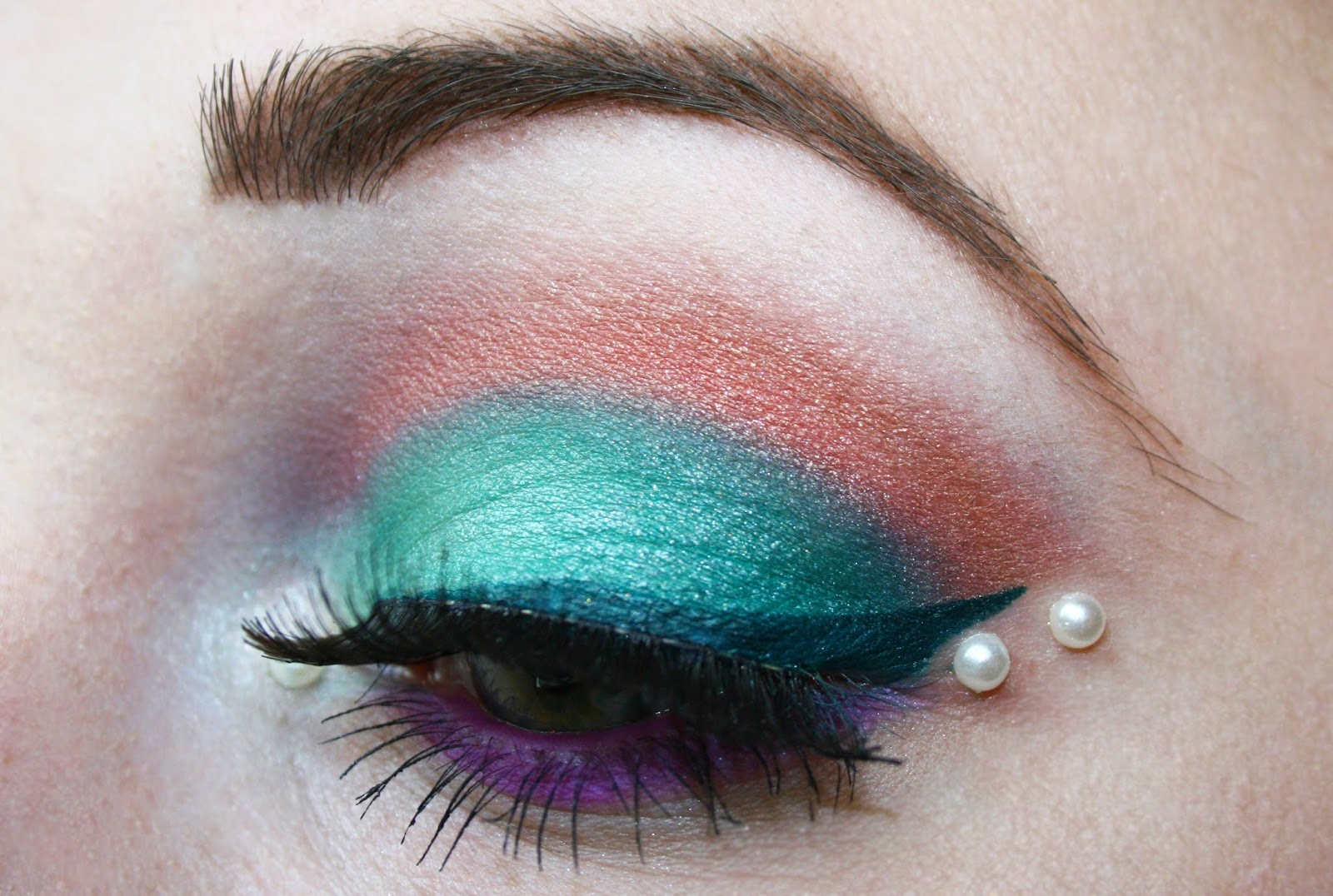 Prom Makeup for Green Dress | Dress images