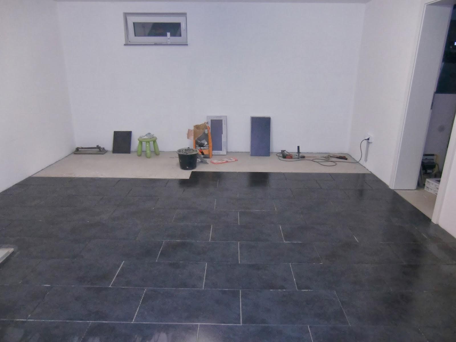 wir bau t en ein spektral haus. Black Bedroom Furniture Sets. Home Design Ideas