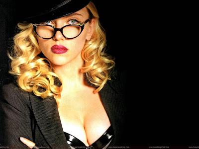 Hollywood Actress Scarlett Johansson Wallpaper