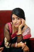 Nidhi Natuiyal Glamorous Photos in Saree-thumbnail-12