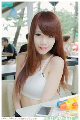 SPG Seksi Bening Cantik & Hot Dari Taiwan