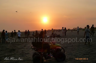 http://ejawantahtour.blogspot.com/2012/10/pantai-parangtritis-yogyakarta-dan.html