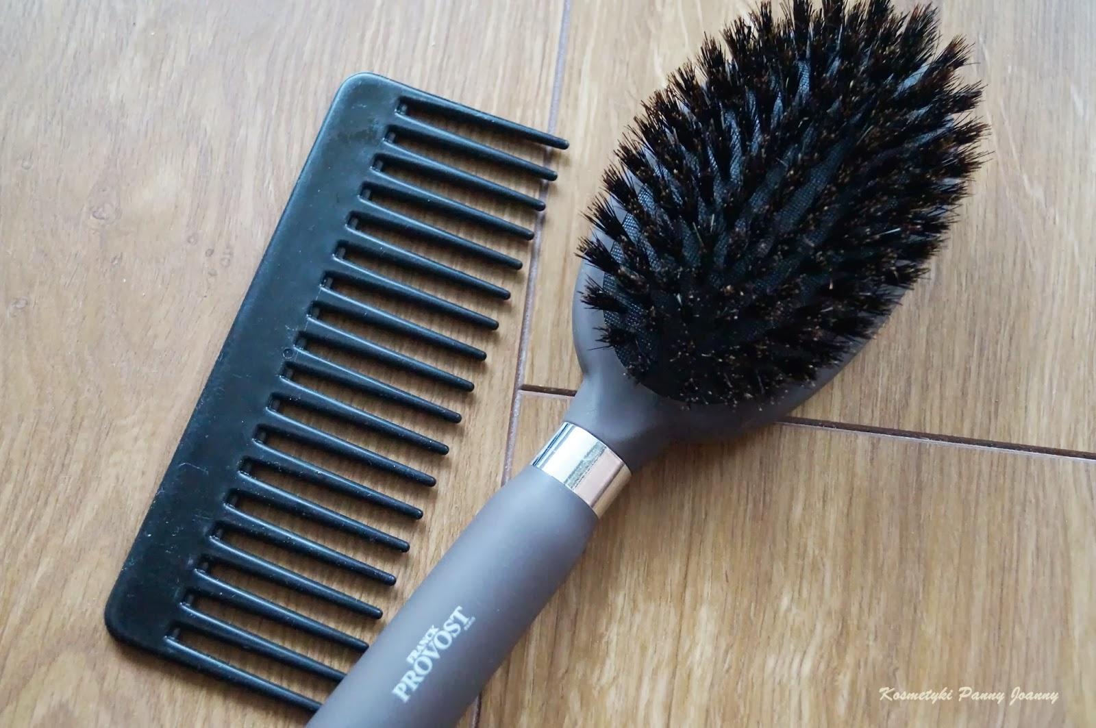 Czyścimy szczotkę z naturalnego włosia