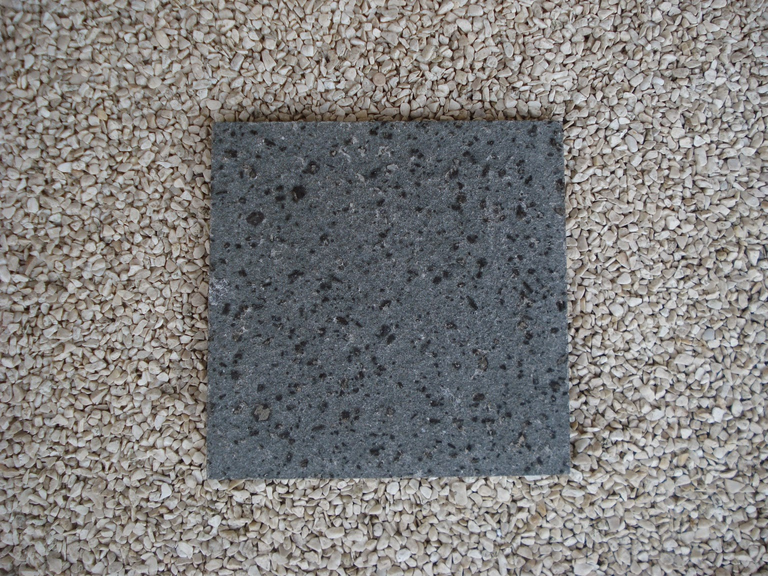 Batu Alam Andesit Bintik Bakar GH ( Gunung Haur )