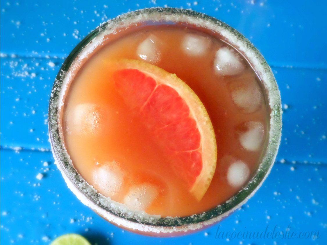 Margarita de Toronja / Grapefruit Margarita - lacocinadeleslie.com