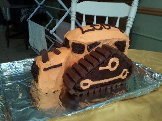 Leos Bulldozer Cake