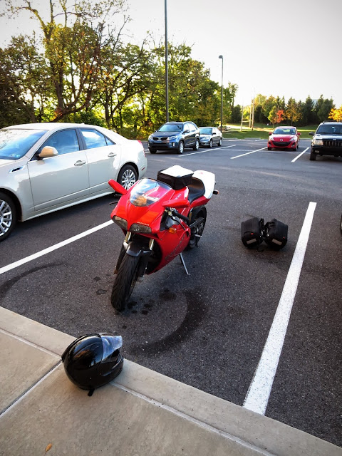 Ducati 916 leaving Pennsylvania.