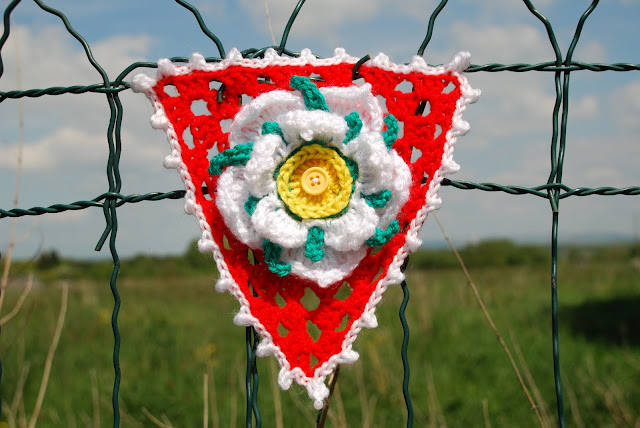 image of Yorkshire rose crochet bunting