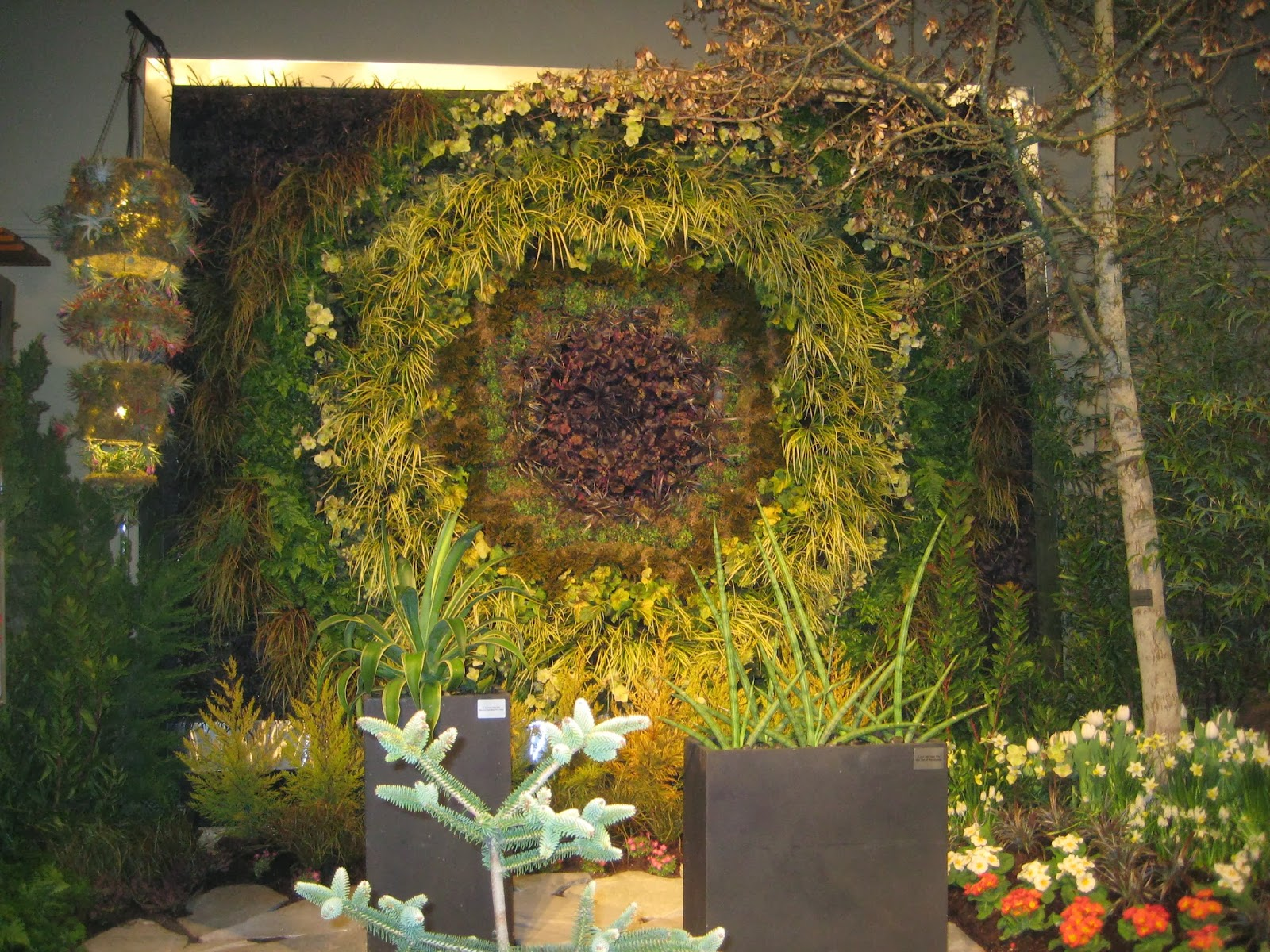 Garden show reports: Sedum tiles - Susan\'s in the Garden