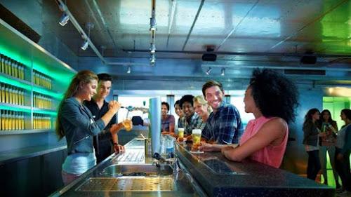 Tours por cervejarias modernas ou milenares vão te deixar com água na boca