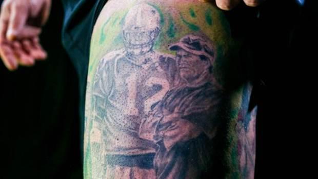 Gary gootman and his amazing boston bodysuit noda luka for Does tom brady have a tattoo