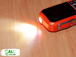 Thiết kế đèn pin cực sáng từ dienthoaidoc Xp3330
