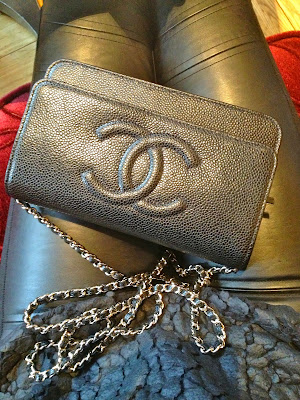 chanel, chanel bag, woc, wallet on chain, cos, cos jumper, leather leggings