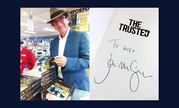John M Green at Abbey's signing The Trusted