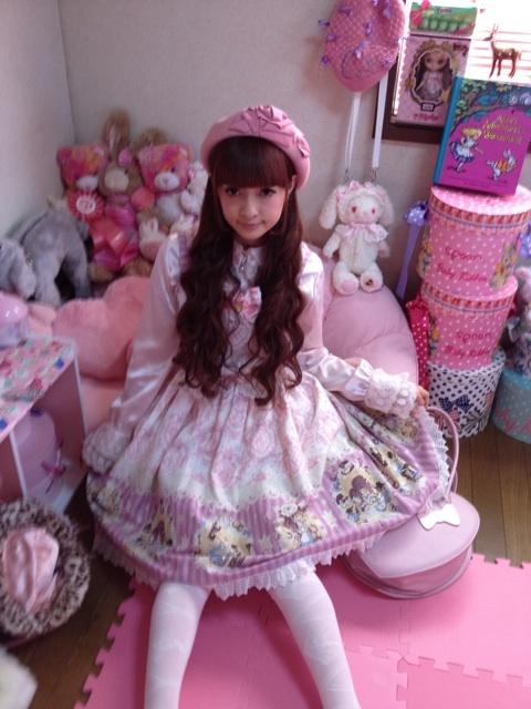Aoki Misako's rococo dresses