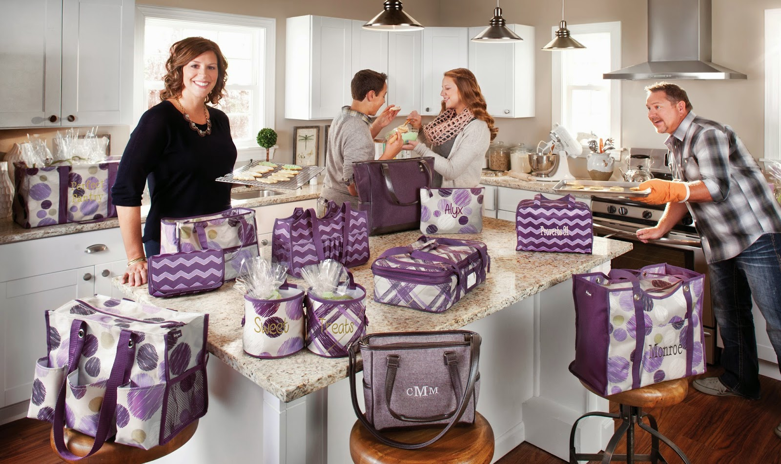 Thirty one november customer special 2014 - Cindy Monroe Founder President Ceo