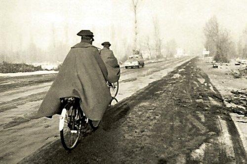 Guardia Civil en bici, qué tiempos