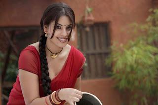 Richa Gangopadhyay Stunning Beauty in Half Saree Lovely MOvie Stills