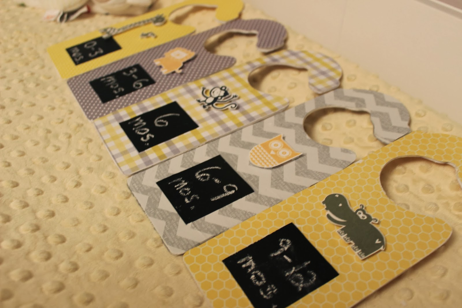 Love these DIY Baby Closet Dividers! Learn how to make baby clothes dividers with just a few simple craft supplies and customize your baby closet.