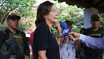 """COLOMBIA: """"Señora, nos da muy duro cuando escribe"""""""