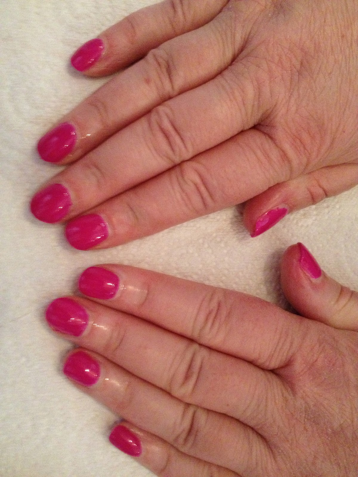 Miss Lucy\'s Nails: More Gel Nails :D