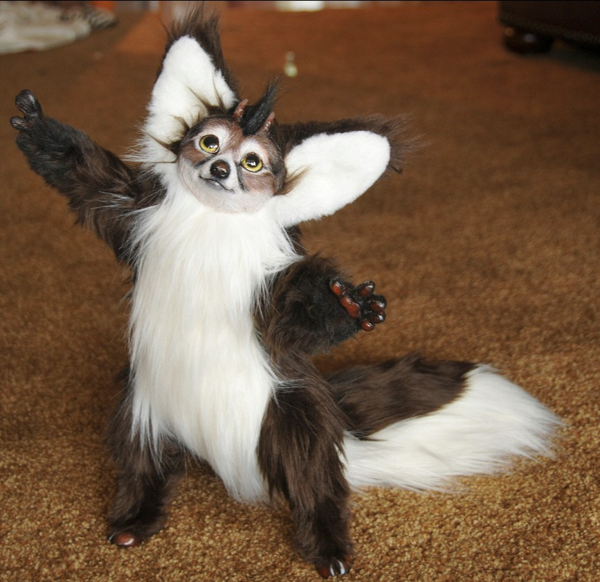 21-Dixie-Von-Fur-Jesse-Franks-Realistic-Faux-Animal-Sculptures-www-designstack-co