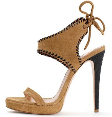 30 details Босоніжки: прикраса для жіночих ніжок